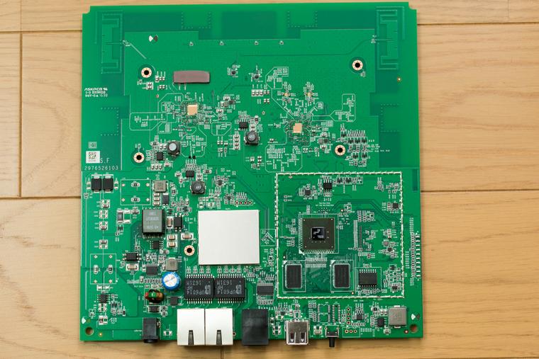 WLX402 の基板(表面)